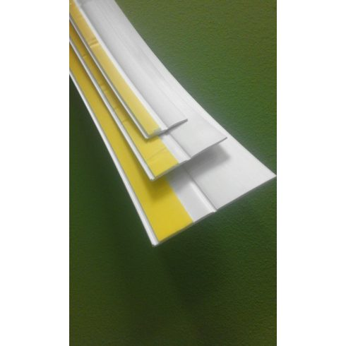 Hajlítható műanyag takaróléc 50 mm